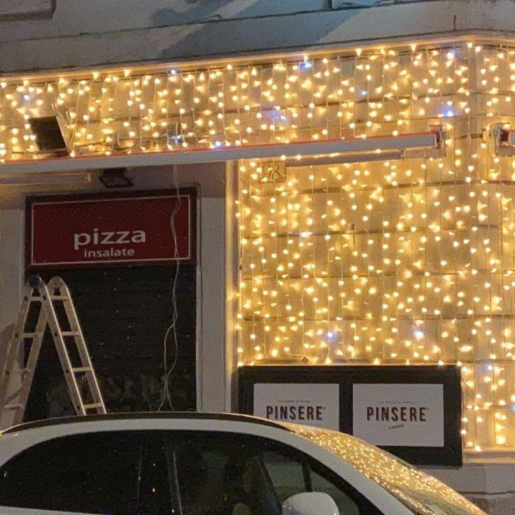 #christmas #decoration #colors #rome #decor #christmasdecor #christmasiscoming #light #lights #Natale Aria di Natale . .