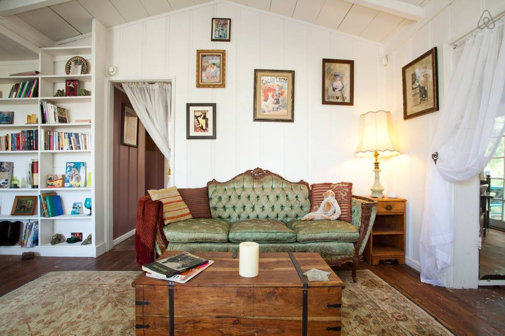 Artsy and Rustic 1927 tree house in Los Angeles Tree
