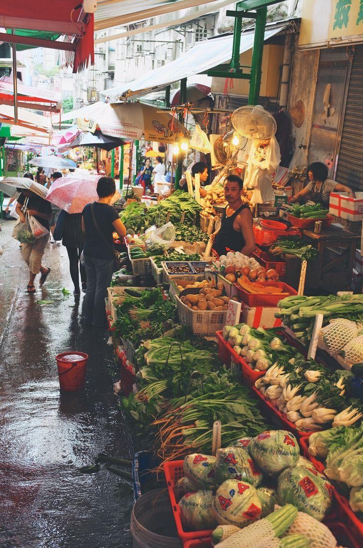 Street Market in Kowloon, HK   hong kong   Hong kong ...