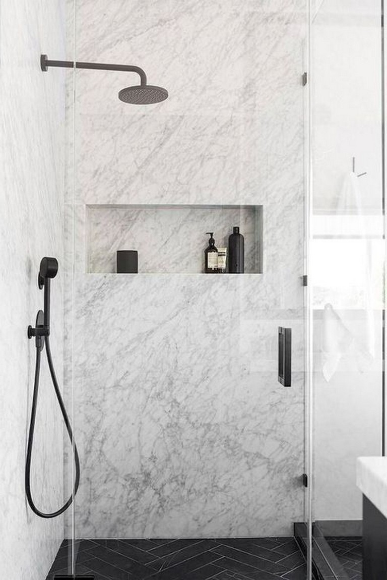 45 Stunning Ideas Black Shower Tiles Design Minimalist Bathroom Design Bathroom Tile Designs Bathroom Interior Design