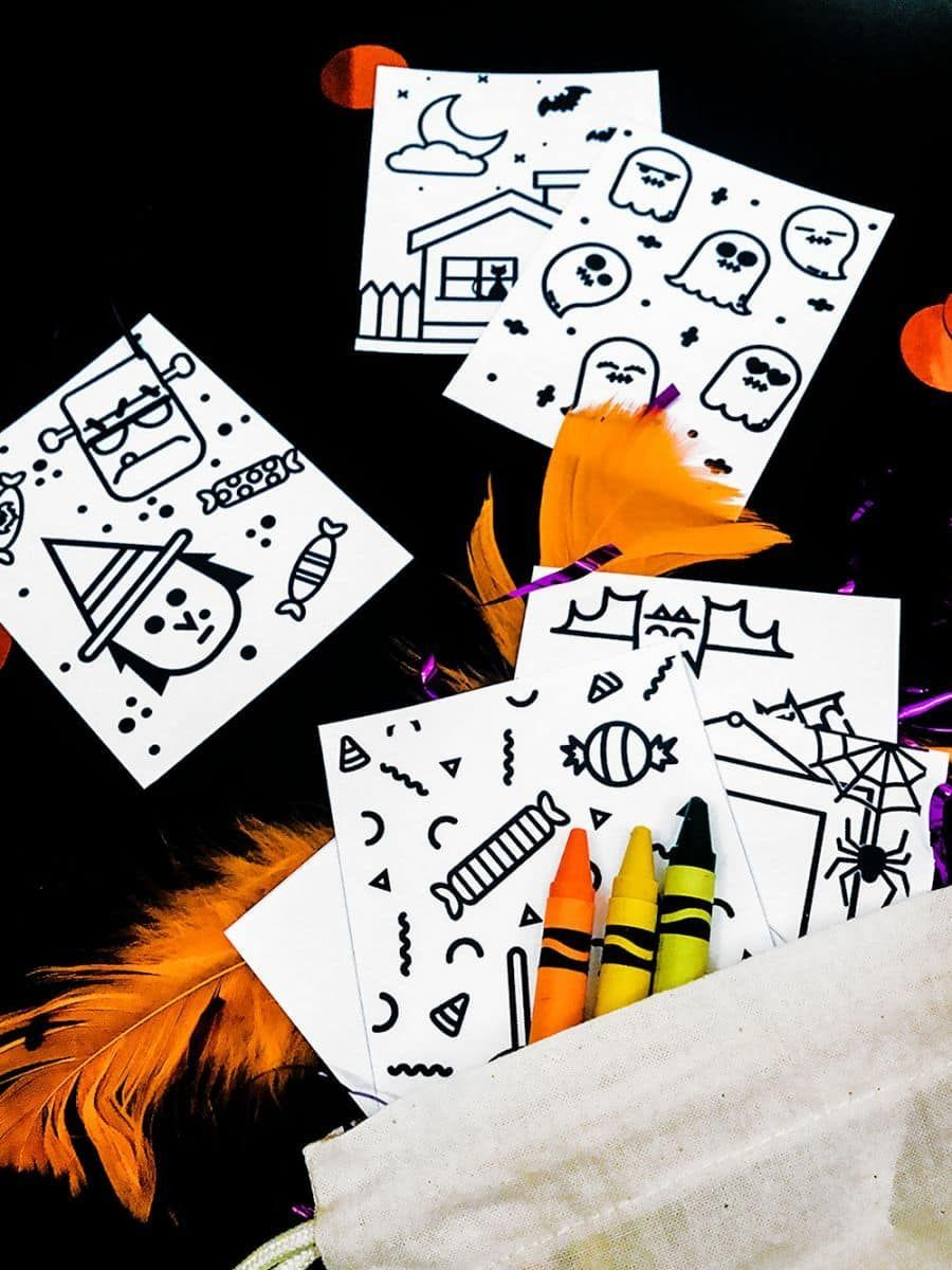 DIY MINI HALLOWEEN DOODLE BOOKS WITH FREE PRINTABLES in