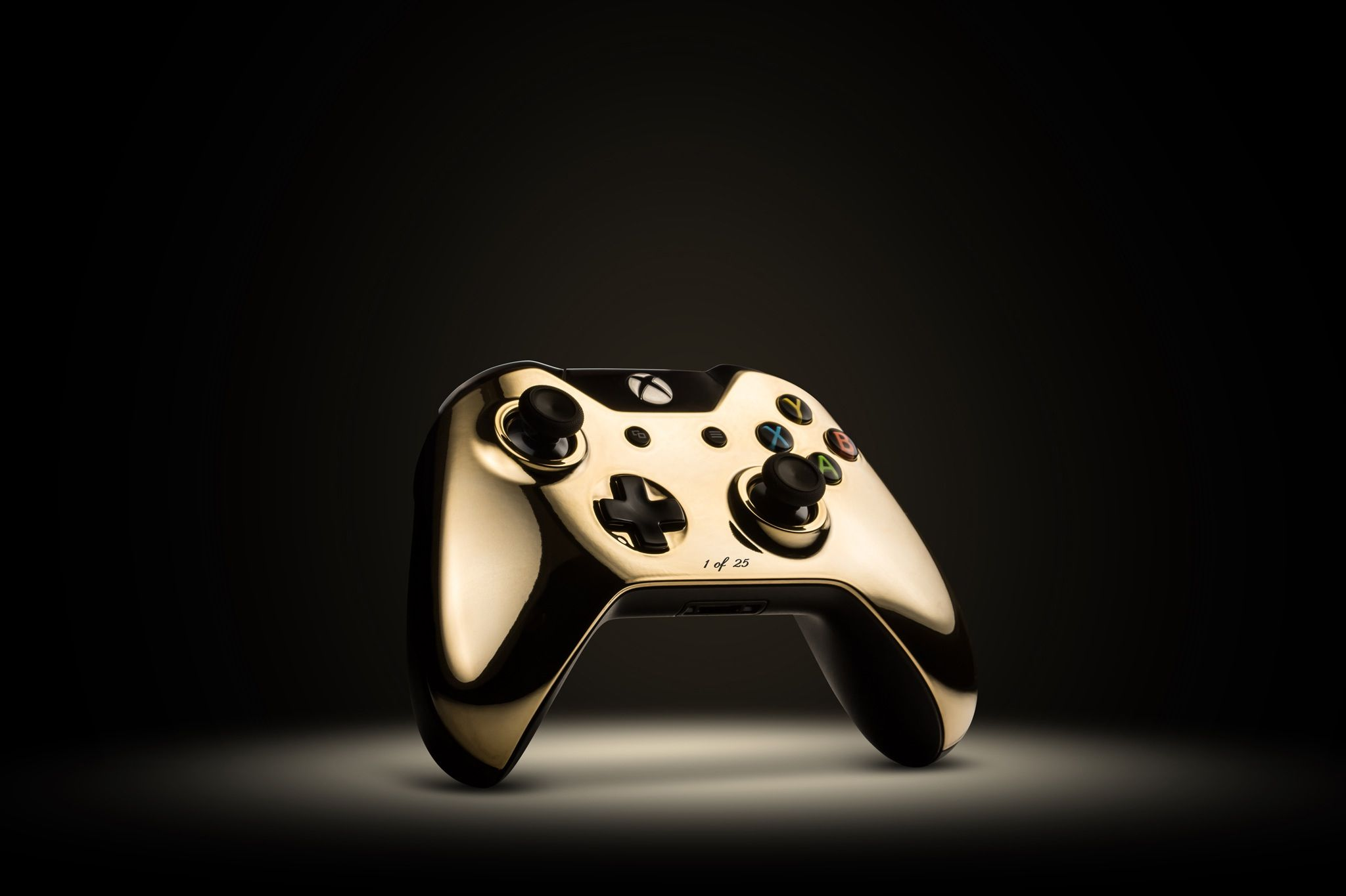 24k Gold Xbox One Controller Is Amazing Xbox One Controller Video Game Controller Xbox One