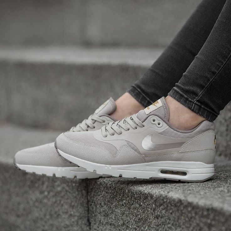 nike air max 1 essential grey womens dress shoes