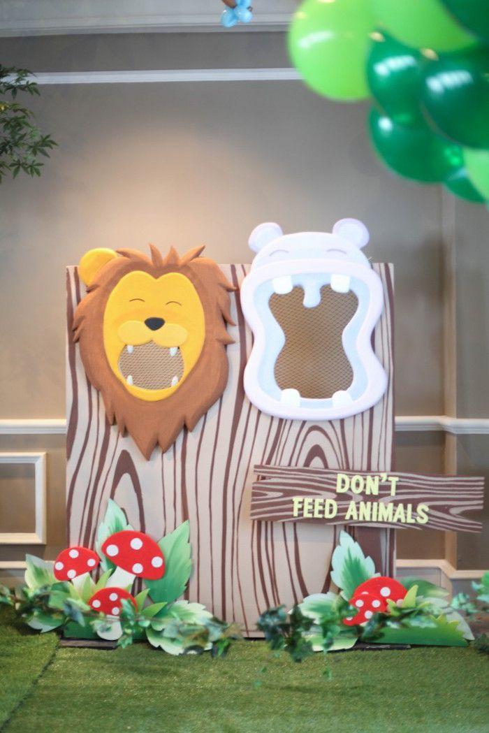 Photo Op From A Jungle Animals Birthday Party Via Kara S Ideas Karaspartyideas 26