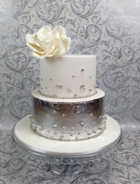 2 tier wedding cakes silver 8 sensational silver cakes a gorgeous collection silver 10169