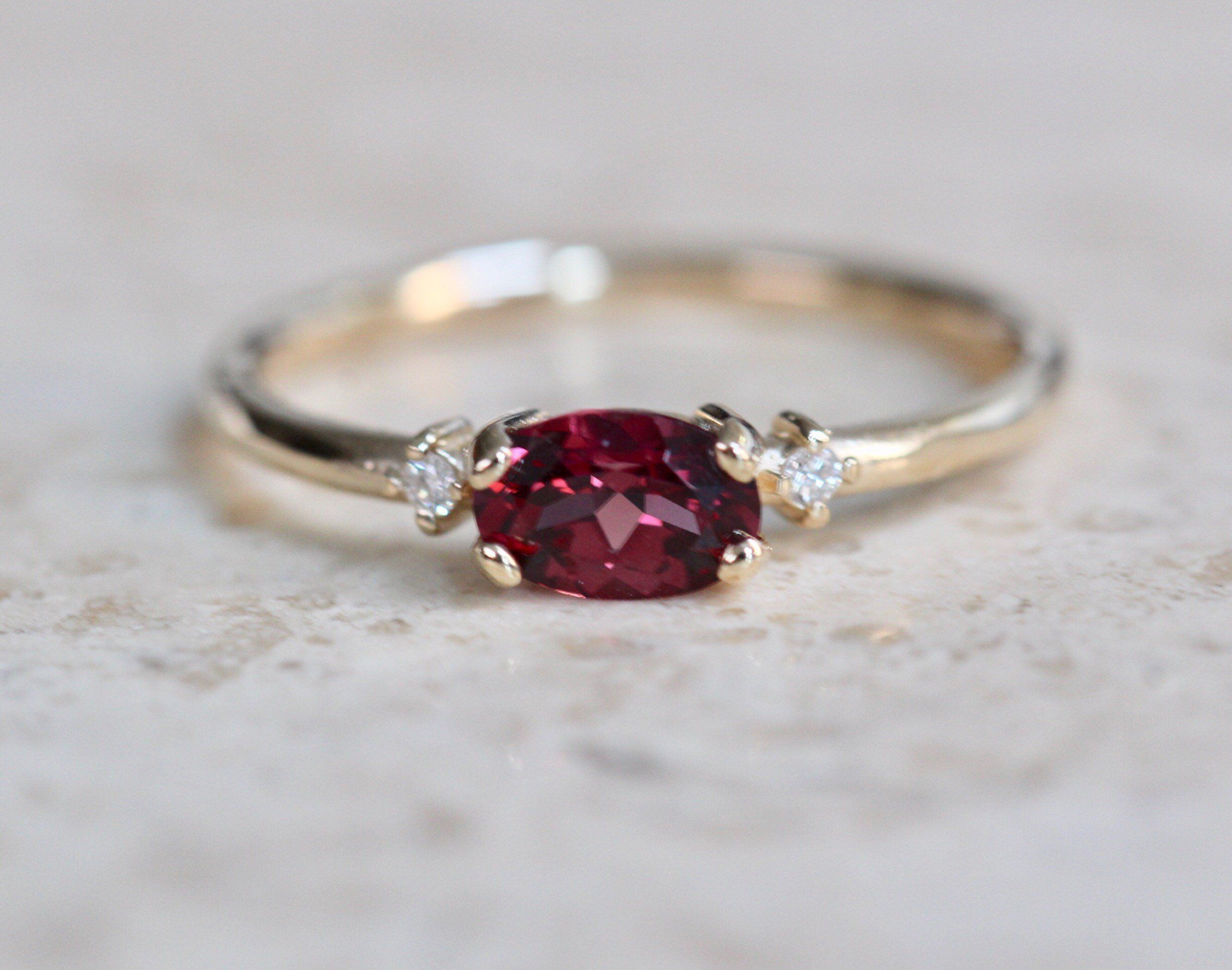 Rustic East West Garnet Ring Solitaire Band 14kt Gold Size 6