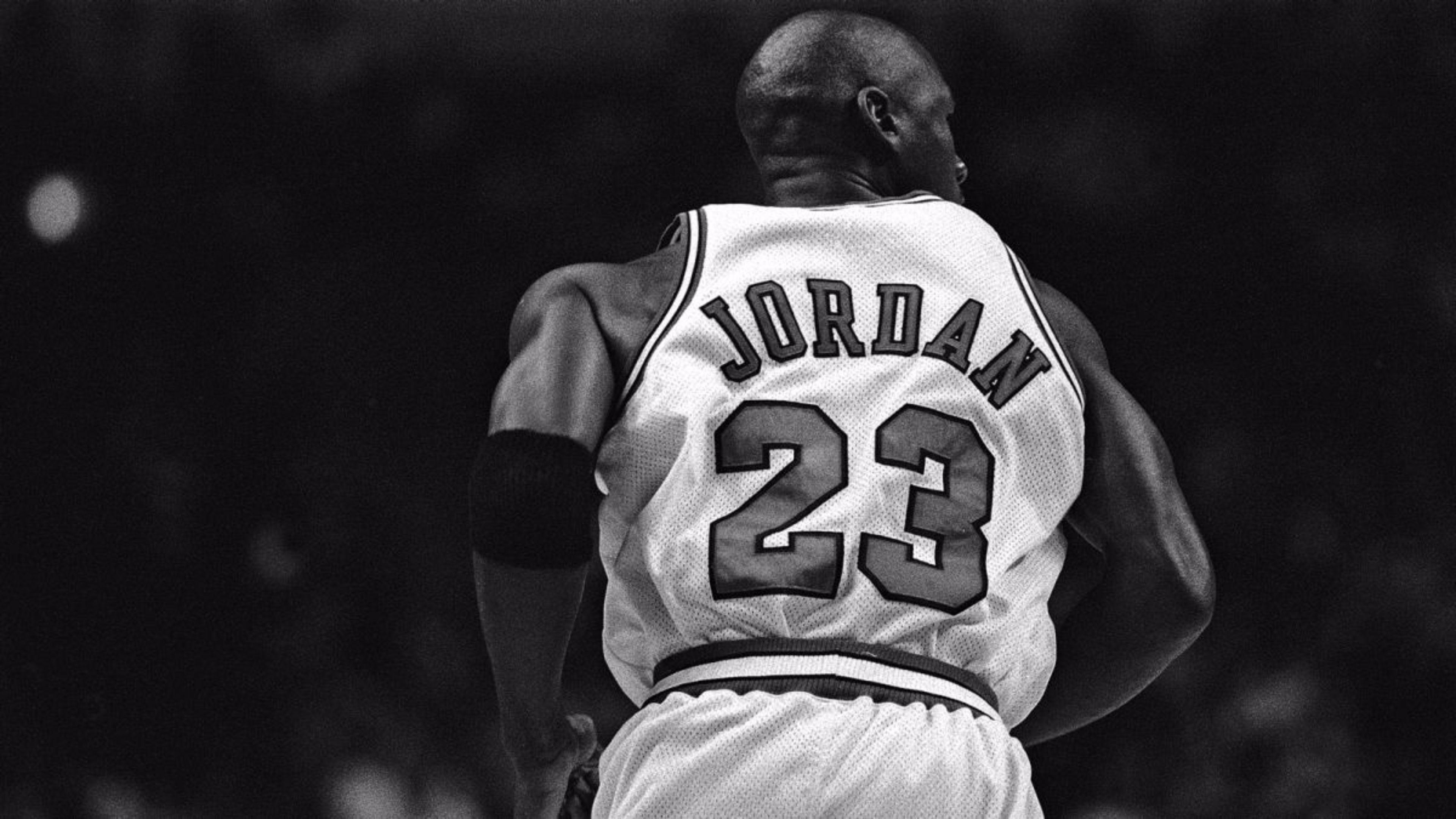 3840x2160 Michael Jordan Black And White Wallpaper HD Xh1