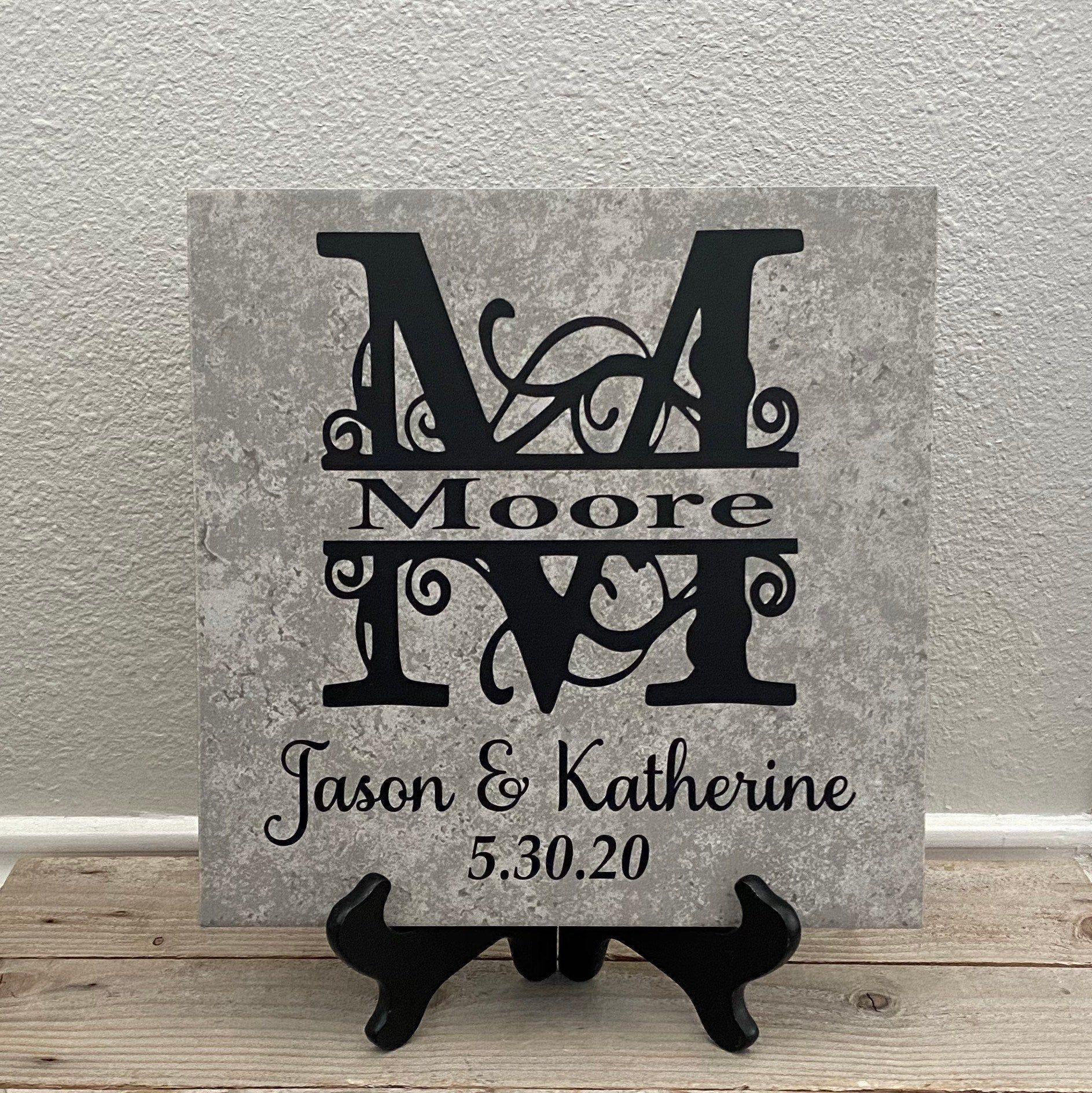 Family Name Plaque Family Name Sign Newlywed Gifts Last Etsy In 2020 Personalized Couple Gifts Personalized Wedding Gifts Couple Gifts