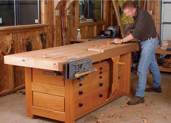 Rock Solid Workbench Fww 162 Workbench Designs Woodworking Bench Woodworking Tools