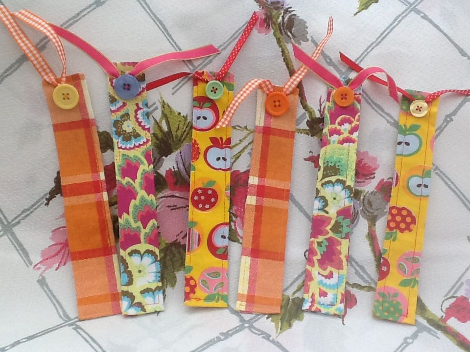 Fancy bookmarks... Idea from Chloe Owens sewing book.