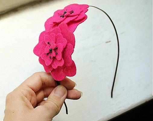 Čelenka červené gerberky
