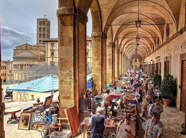 Antiques Fair In The Loggia Of The Piazza Grande In Arezzo, Italy By  Anguskirku2026