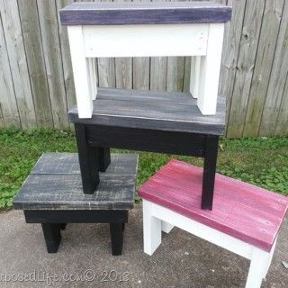 Easy 2x4 benches and stools made from scraps! MyRepurposedLife.com