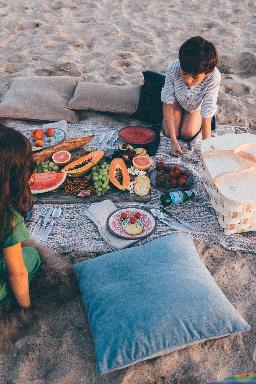 Summer vibes ☀️🍒💦 📷:@iloveruffag www.geriabalivillas.com