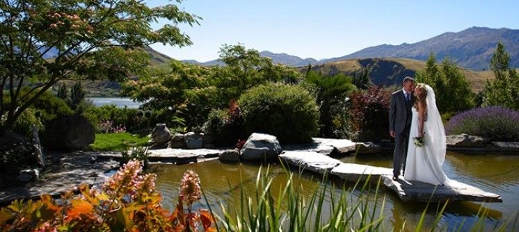 Stoneridge estate chapel by the lake queenstown new zealand the chapel by the lake near queenstown is a magical setting for your dream new zealand wedding at any time of year junglespirit Images