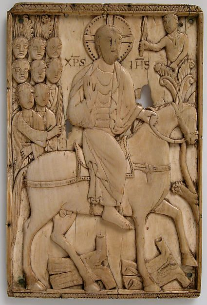 Ivory Plaque with Jesus' Entry into Jerusalem - made in Milan, Ottonian period (ca. 900-925) - MET