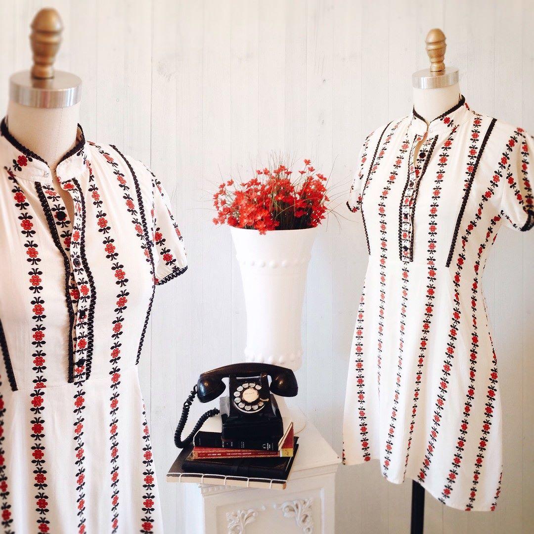 Heleni 8 nouveautés ! Disponible au / Available on www.1861.ca Découvrez notre boutique soeur @lpgarconne / Discover our sister boutique Si un item vous plaît cliquez sur le lien dans le profil / If you love an item click the link in the profile #boutique1861 #printeddress #colorful #vintagestyle #mtl #mtlmoments #ootdcanada #redtouch