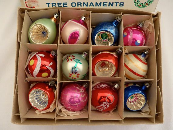Vintage Glass Ball Ornaments Made In Poland Christmas Tree Ornament Between 1 3 4 2 Diamete How To Make Ornaments Glass Ball Ornaments Vintage Ornaments