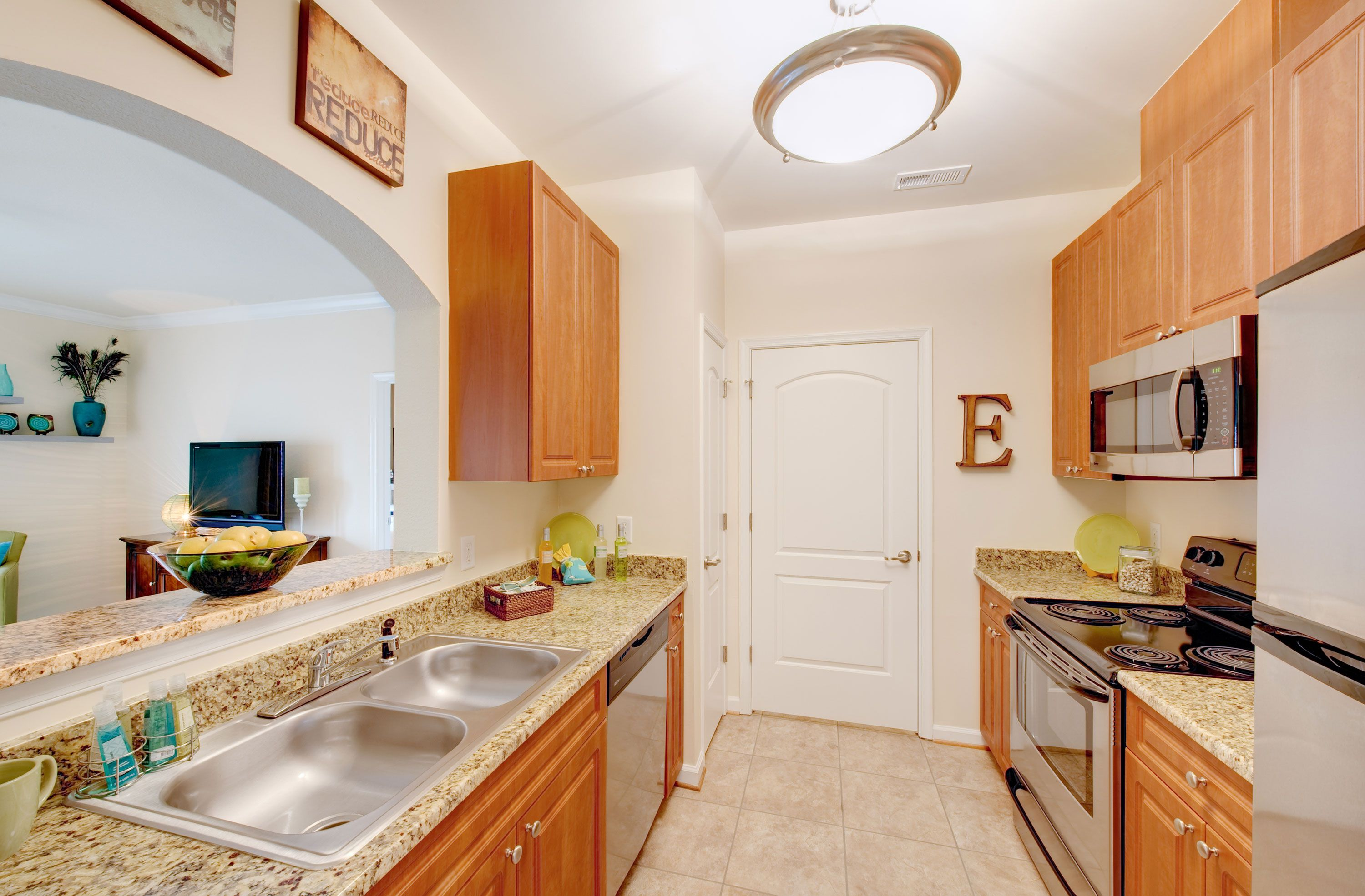 Belmont At Providence Virginia Beach Va A Premier Luxury Apartment Community Offering Oversize Luxury Apartments Apartment Communities Apartments For Rent