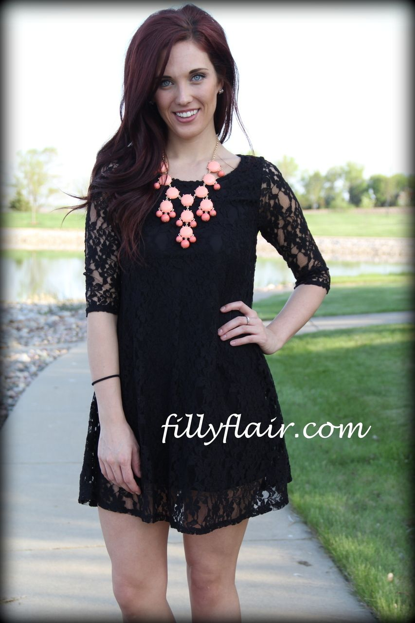 (http://www.fillyflair.com/a-perfect-little-black-dress/)