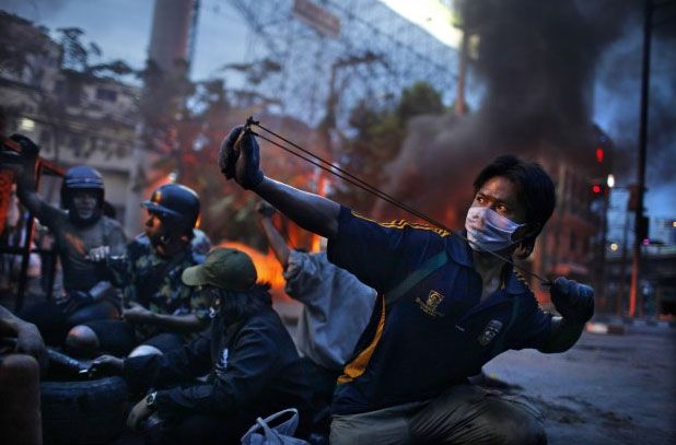 © Spot News: 2nd prize stories. Corentin Fohlen, France, Fedephoto. Anti-government riots, Bangkok, Thailand, May