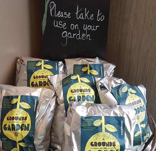 FREE Starbucks Coffee Grounds (With images) Starbucks