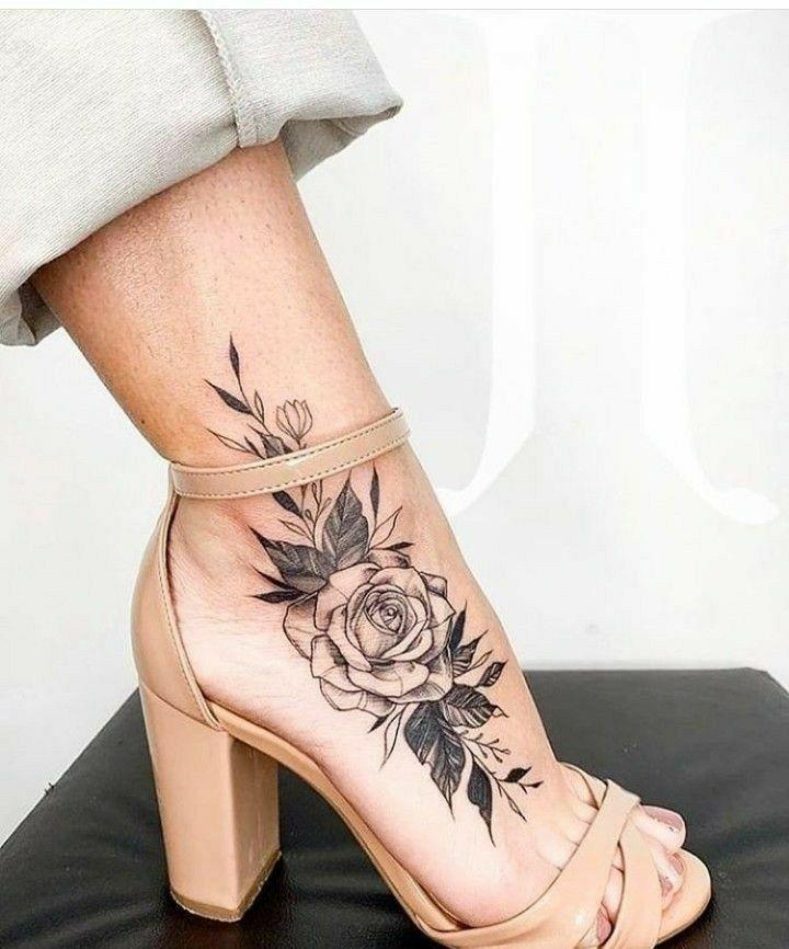 Pin By Roksana Szyda On Tatuaz With Images Tatuaz Na Stopie Tatuaze Kobiet Tatuaz