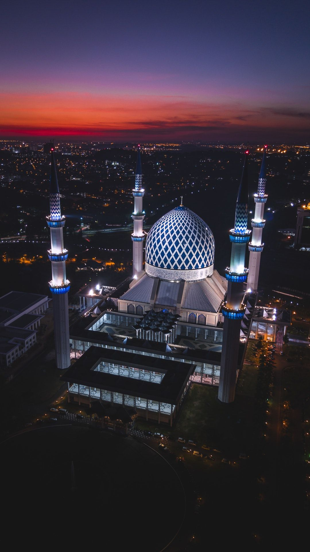 Beautiful Islamic Buildings Wallpapers: Shah Alam, Malaysia By Izuddin Helmi Adnan (@izuddinhelmi