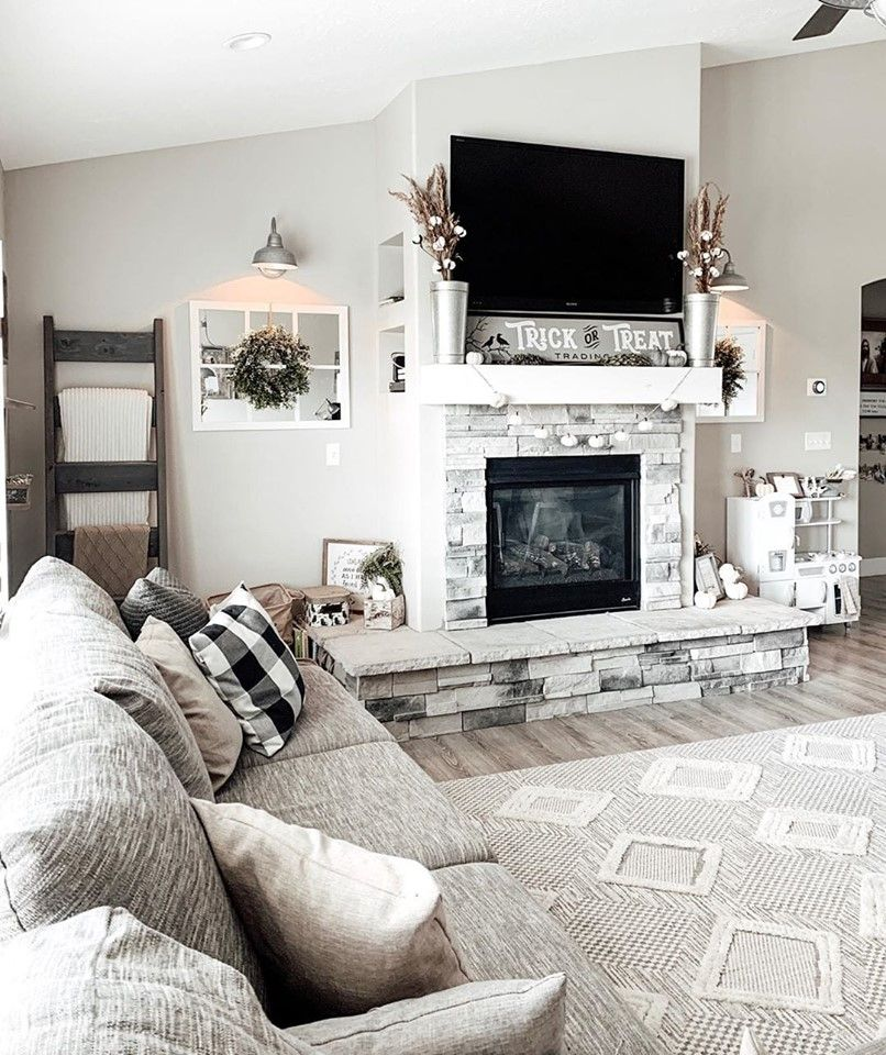 Thebarnwoodfarmhouse Is Communicating That Her Textured Rug Is Perfect In Her Space Boutiquerugs Area Farm House Living Room Farmhouse Fireplace Decor Home