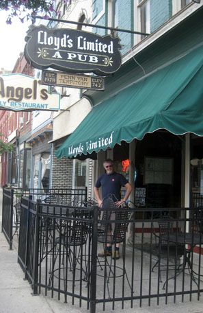 Restaurants Lloyd S Limited A Pub Penn Yan New York Seneca Lakepenn