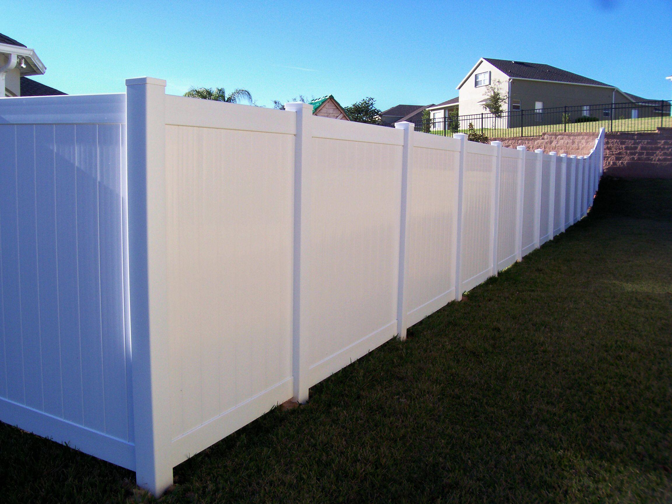 vinyl white fencing