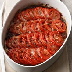 Tomato Gratin | Who says that casseroles have to be starchy and heavy? This lightly seasoned tomato gratin is a perfect side dish for any hearty meal.