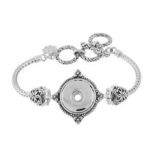 "Illusive Bracelet 7""-8.5"" Length. Holds 18mm Original Snaps #S1277--$39.99 Follow me on instagram at https;//www.instagram.com/mvstaceyssnaps"