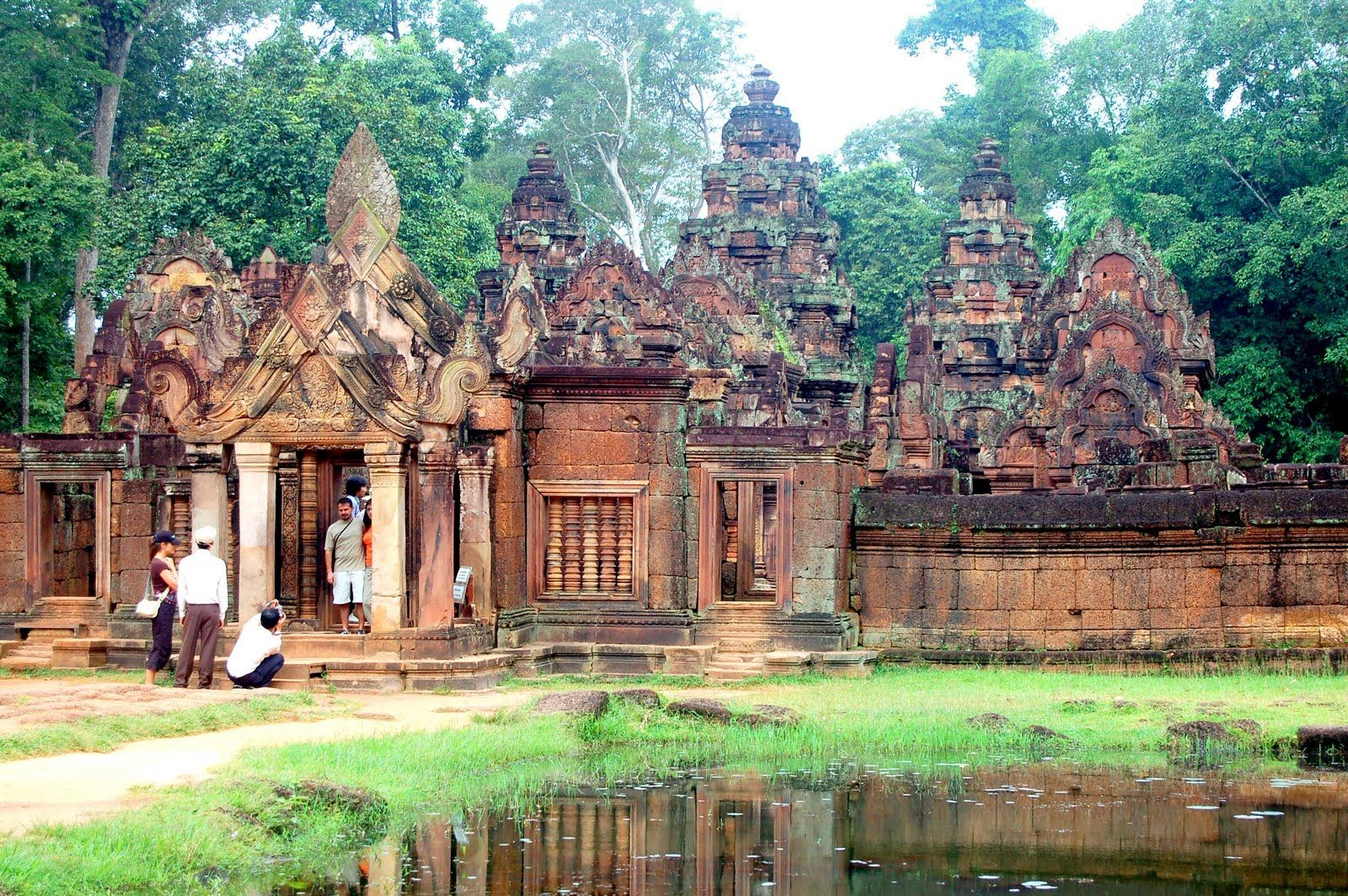 Banteay Srei Cambodia Beach Resorts Places To Travel Beautiful Places