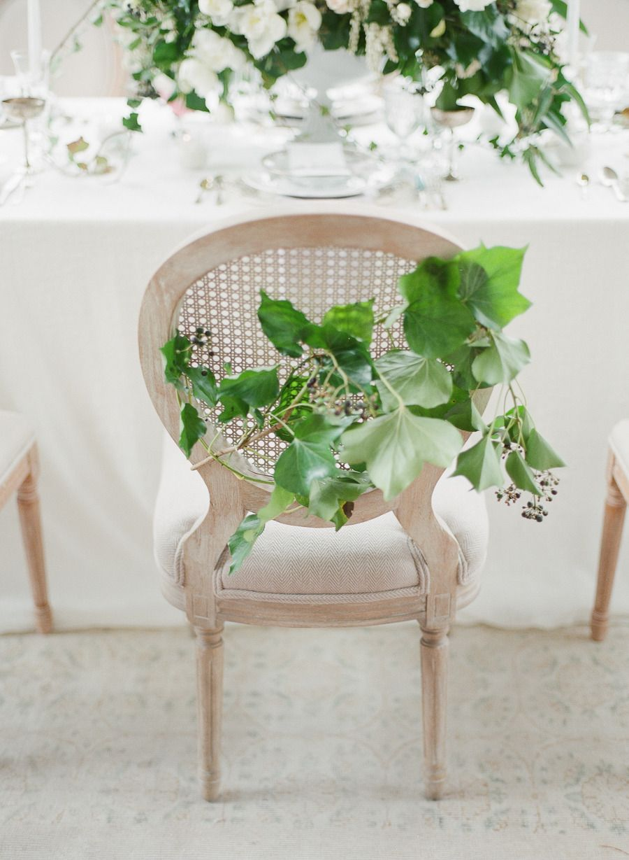 Photography: Vasia Photography - www.vasia-weddings.com Photography: Artiese Studios - artiesestudios.com  Read More: http://www.stylemepretty.com/2015/05/17/elegant-ethereal-wedding-inspiration/