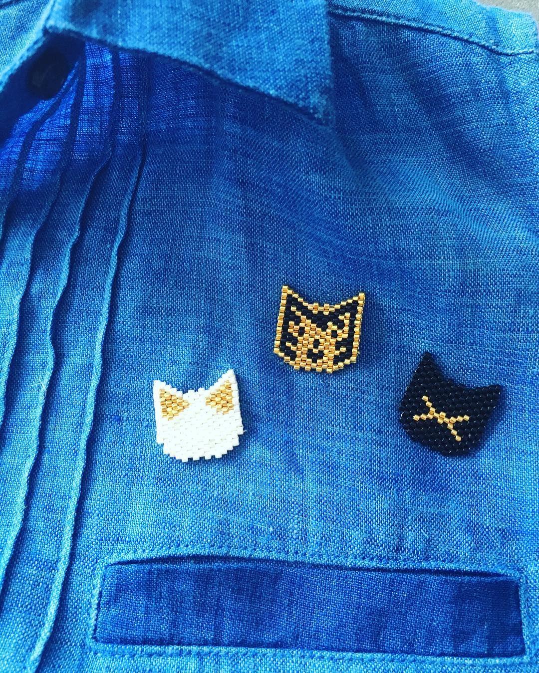 Cats' family. A porter seul ou en groupe . Inspiration DPH. #jenfiledesperlesetjassume #jolispois #motifjolispois #miyukiaddict #tissageperle #miyuki #tissage #madeinbordeaux