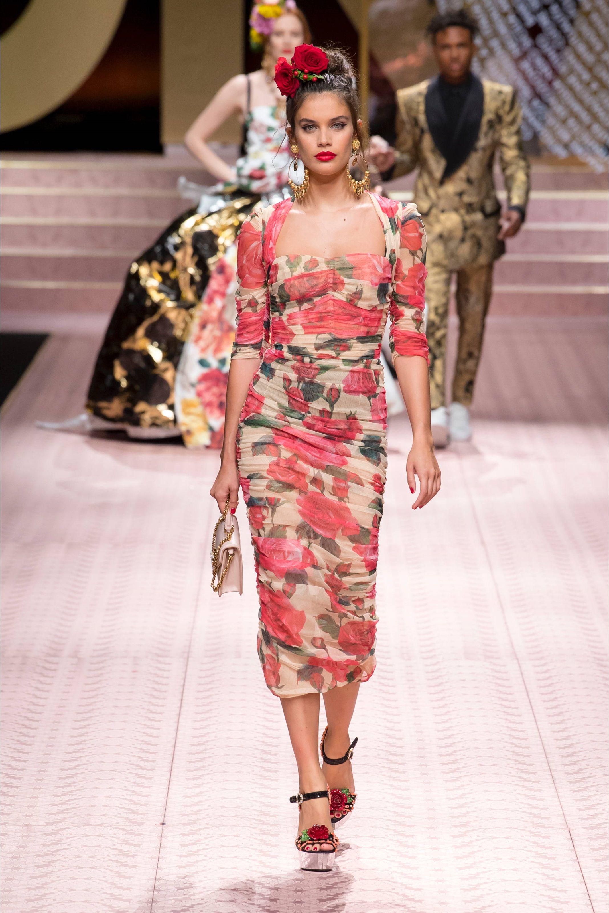 Dolce Gabbana Spring Summer 2019 Vestito Dolce Abbigliamento Alla Moda Abiti