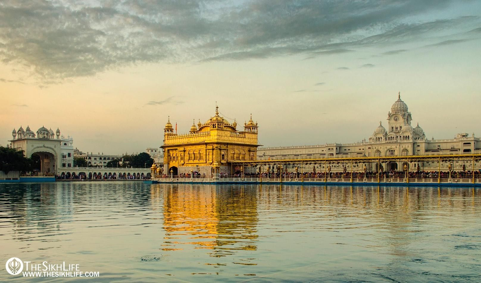 Pin By Putumayo Kitchen On Indian Magic Golden Temple Temple Amritsar