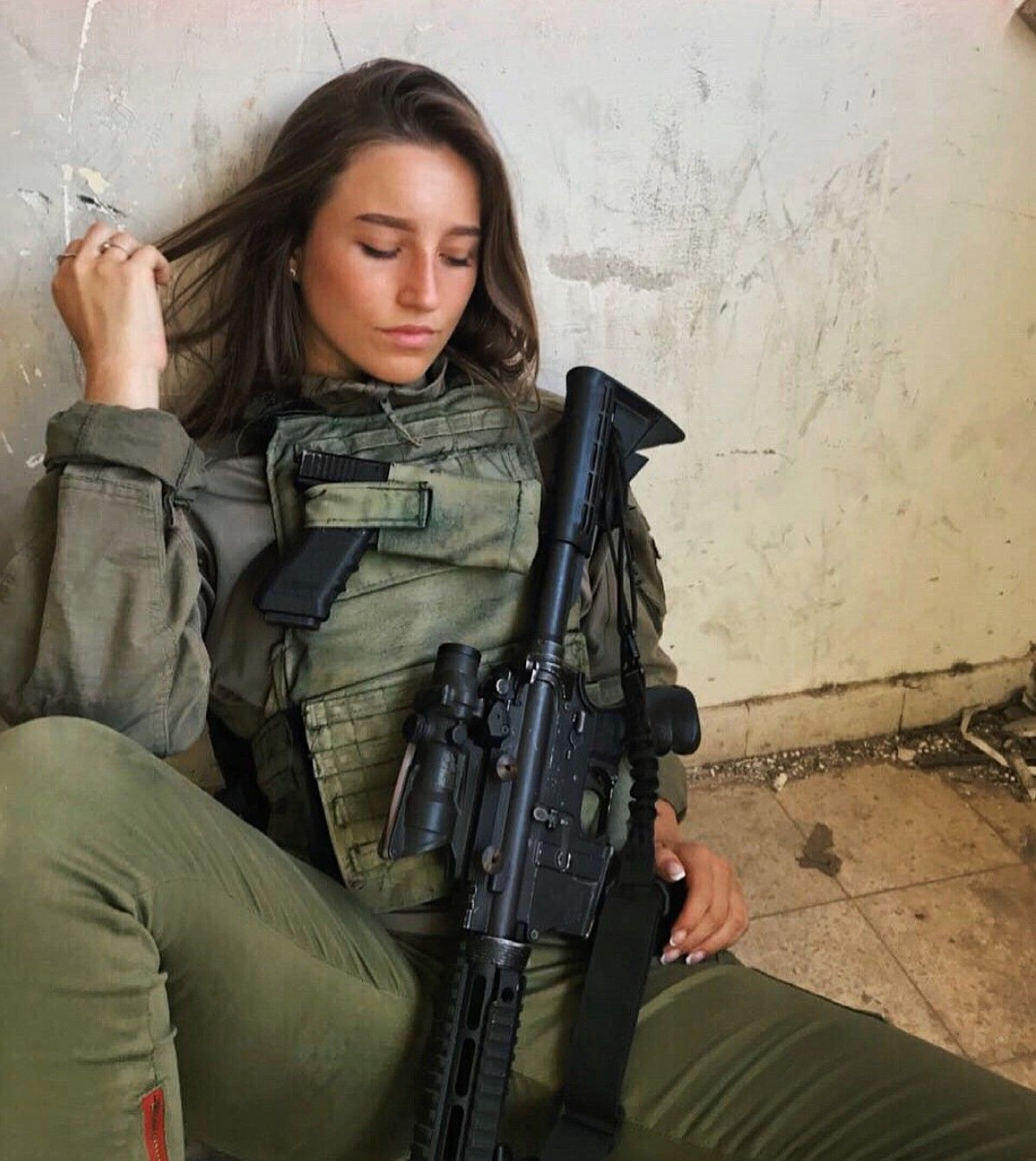 בלתי רגיל IDF - Israel Defense Forces - Women | IDF - Israel Defense Forces DU-89