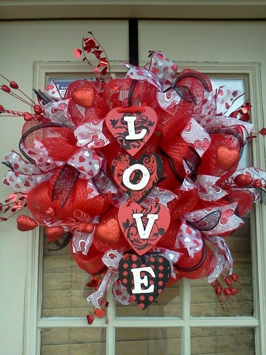 xoxo zebra valentine s day deco mesh patchwork wreath this wreath