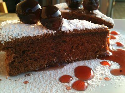 torta di albumi al cioccolato (ciocholate and egg whites cake)