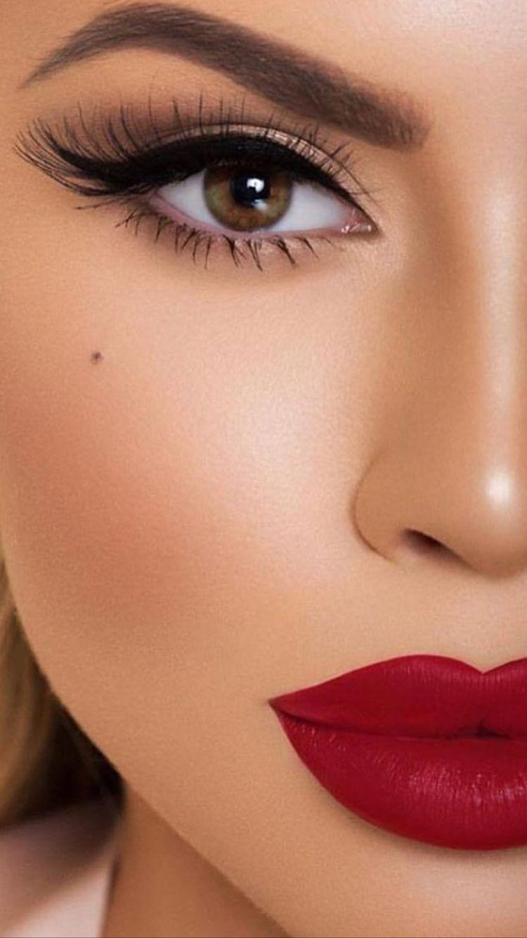 Elizabeth Arden Beautiful Color Moisturizing Lipst