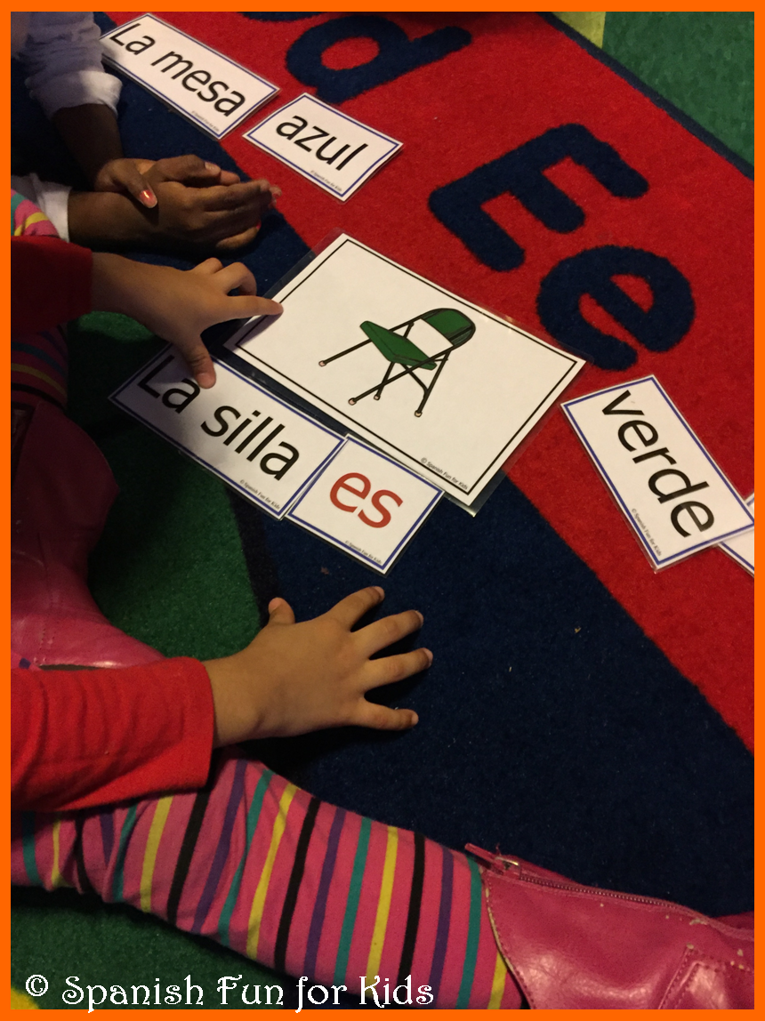 Spanish Sentence Cards! Help children with sight words and to build short and simple sentences!