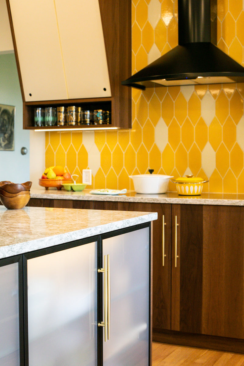contemporary kitchen fireclay tile