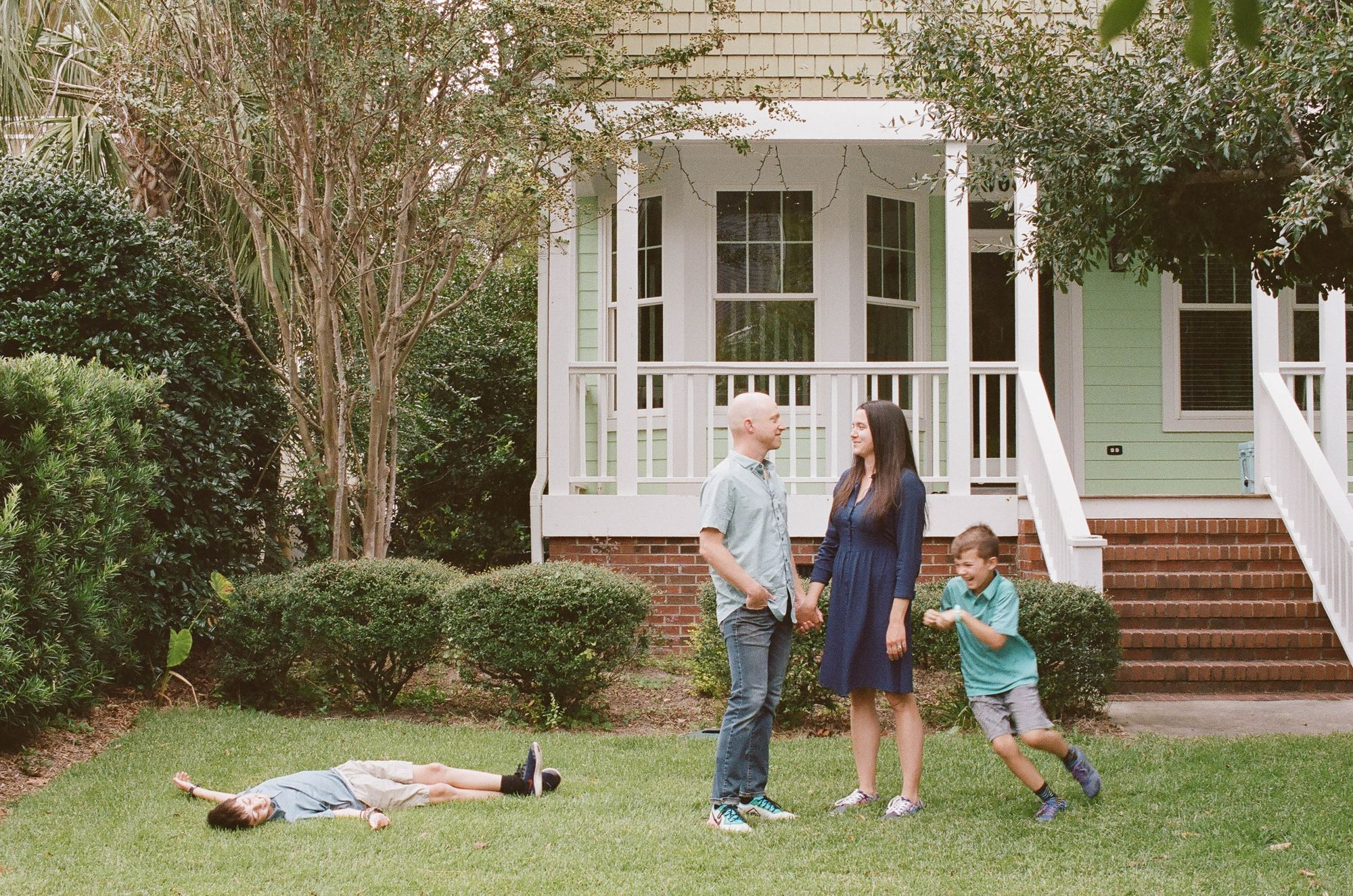 Family Photos On Film In Home Session Leanne Haskins
