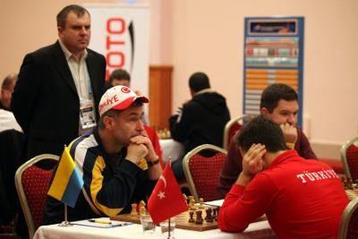 Championnat du monde d'échecs R05: l'Ukraine à 5/5 - http://lnkd.in/dS_CY_w