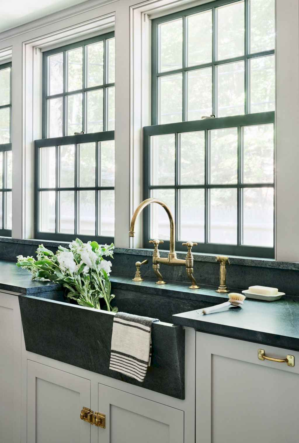 70 Modern Farmhouse Kitchen Sink Decor Ideas   Farmhouse ... on Farmhouse Kitchen Sink Ideas  id=27650