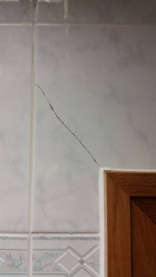 Over Door Cracked Tile Repair Ceramic Wall Floor Tile Repairs