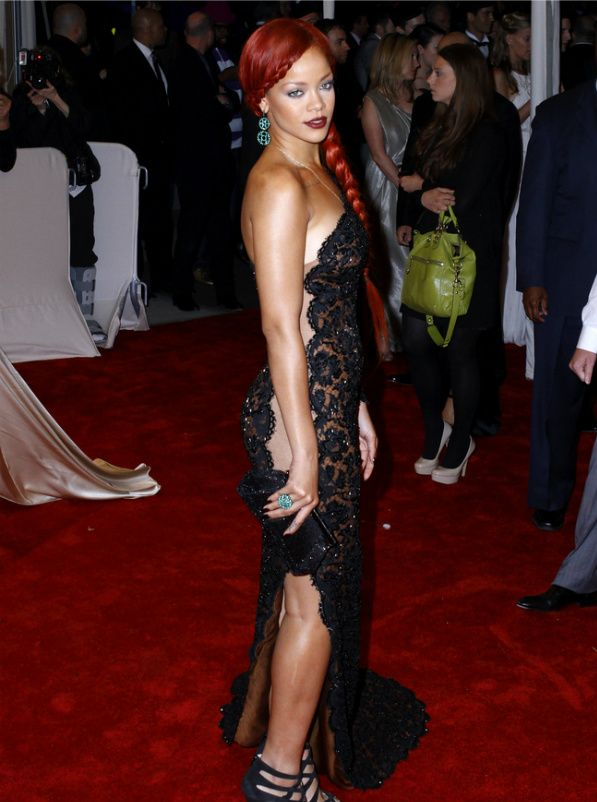 Rihanna's Top 5 Red Carpet Looks (With images) | Red ...