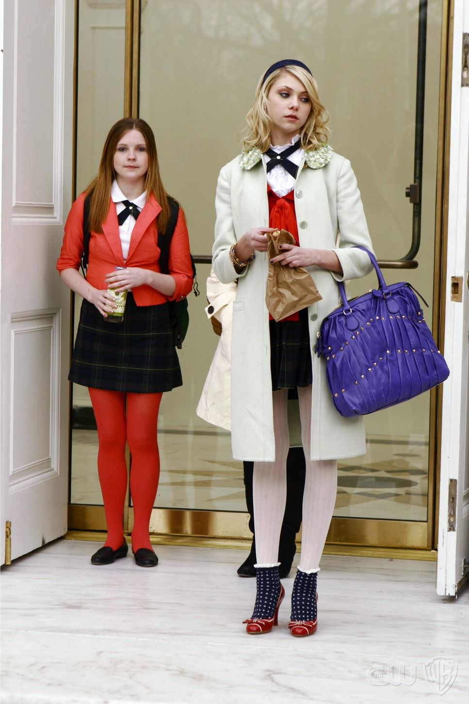 1x14 the blair bitch project jenny humphrey red valentino bamboo coat valentino maison - Blair Waldorfzimmer